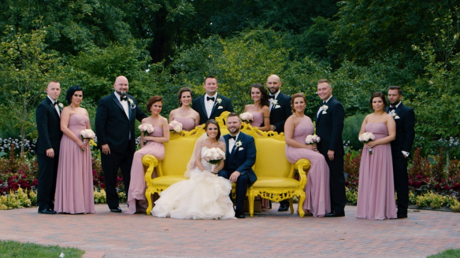 Beautiful Bride Groom And Awesome Bridal Party